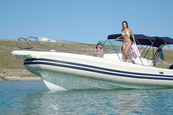 Private tours by rib boat at Serifos