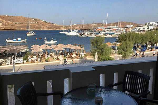 Akti rooms and apartments in serifos