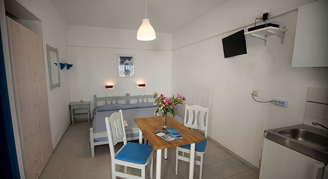 Amalia studios at Serifos