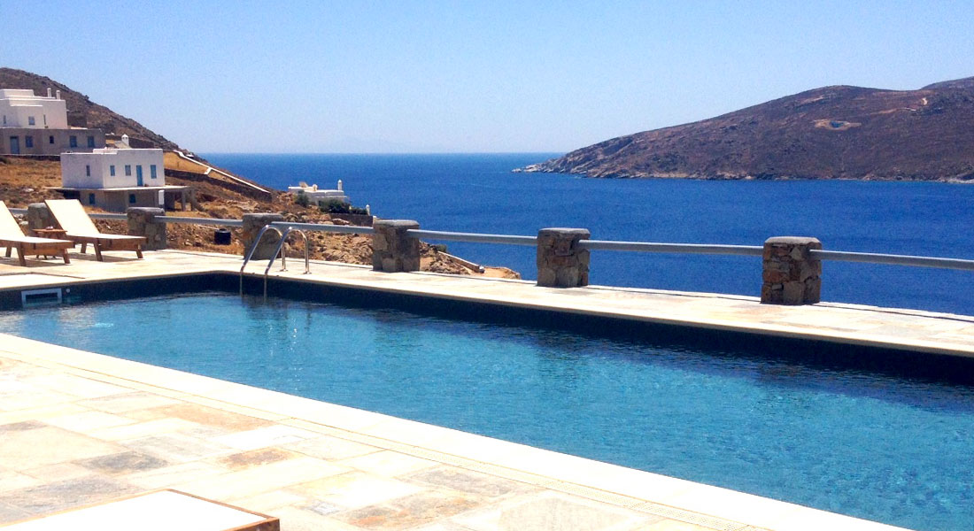 Belvedere rooms and apartments at Serifos