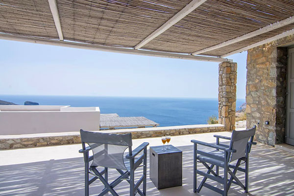 Nest of Kalo Abeli, Dream house for 2 in serifos